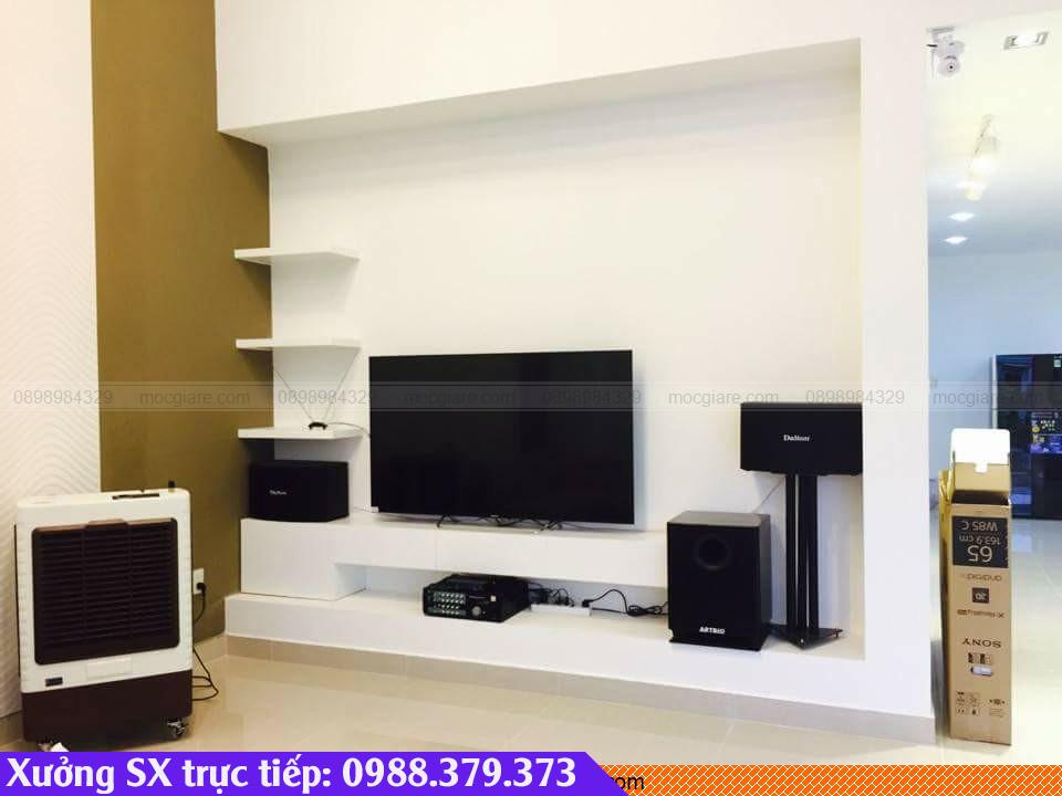 Làm tủ tivi giá rẻ tại Bình Thạnh 092319RTL